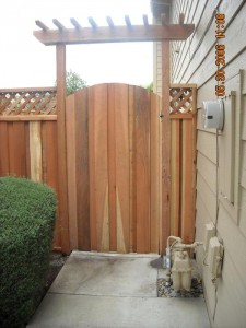 6 ft arch gate with trellis