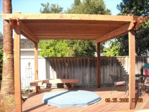 combo trellis with hot tub deck -2