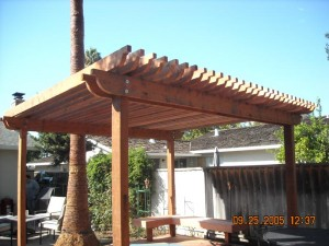 combo trellis with hot tub deck -3